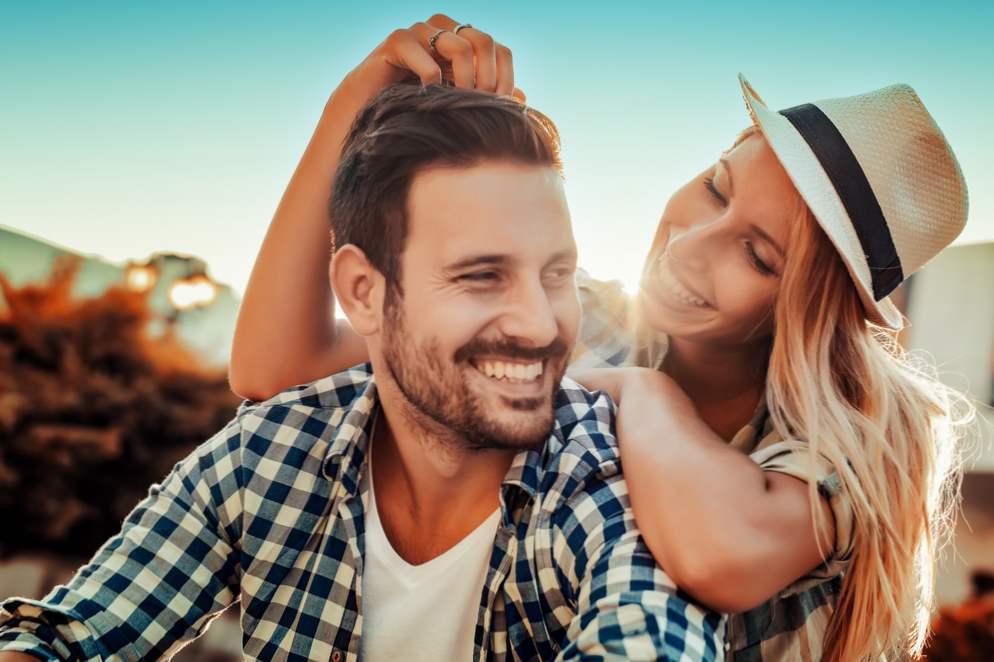 leo muško dating leo žensko swirl online upoznavanje