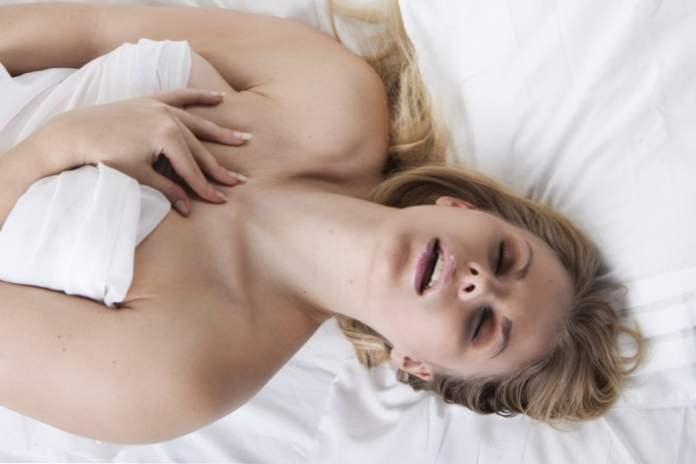 ženský orgazmus blog čierna Teen Busty porno